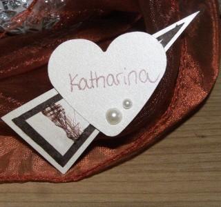 119 3 320x300 Romantische Magnet Namenschilder für eine traumhafte Hochzeit