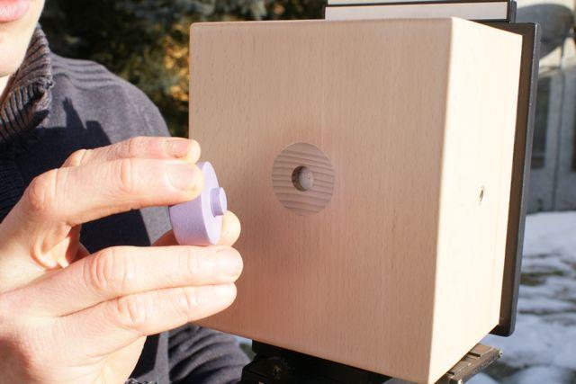 Magnetischer Blendenverschluss einer Lochkamera