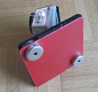 Kamera mit Topfmagnete am Gleitschirm befestigt!