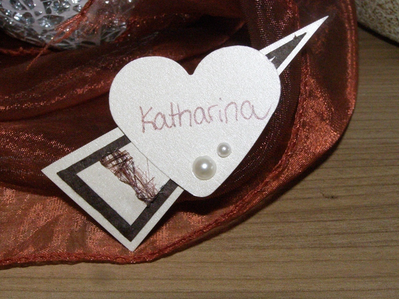 Romantische Namensschilder mit Magnet für eine traumhafte Hochzeit