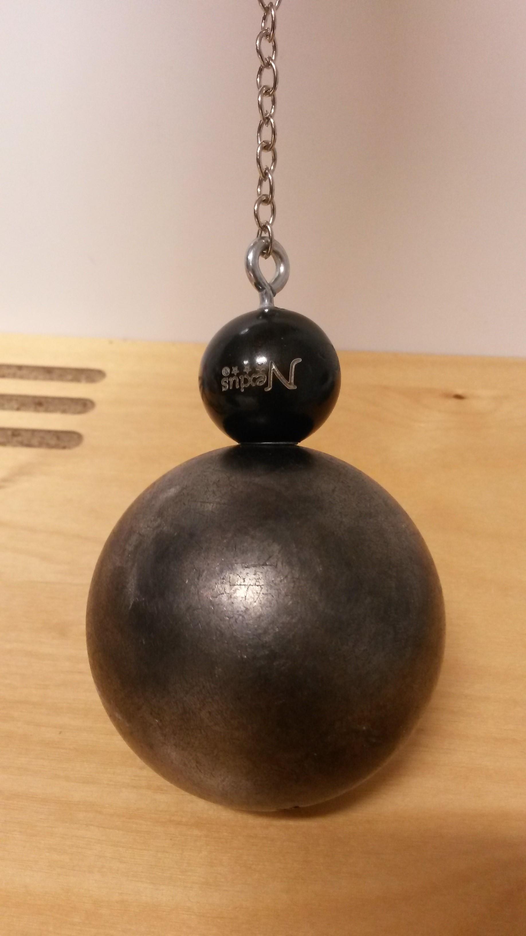 Magnetische Kugelaufheber für Boulekugeln schont Ihren Rücken