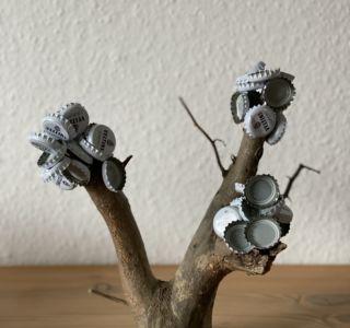 Fertiger Bierbaum mit Kronkorken