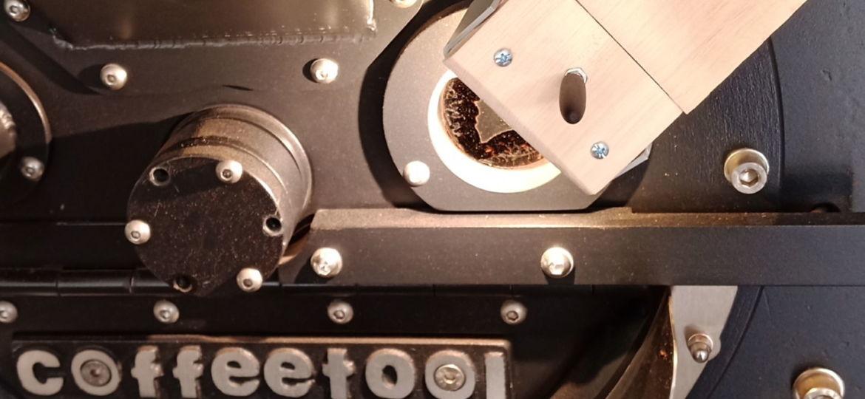 Magnetische Lampe an Kaffeeröster