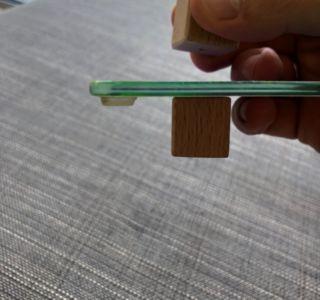 Anwendung der Klötze an einer Scheibe
