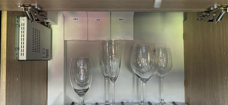 Magnetische Gläser für den Camper